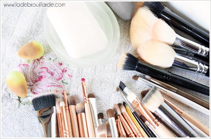 Laver ses pinceaux de maquillage