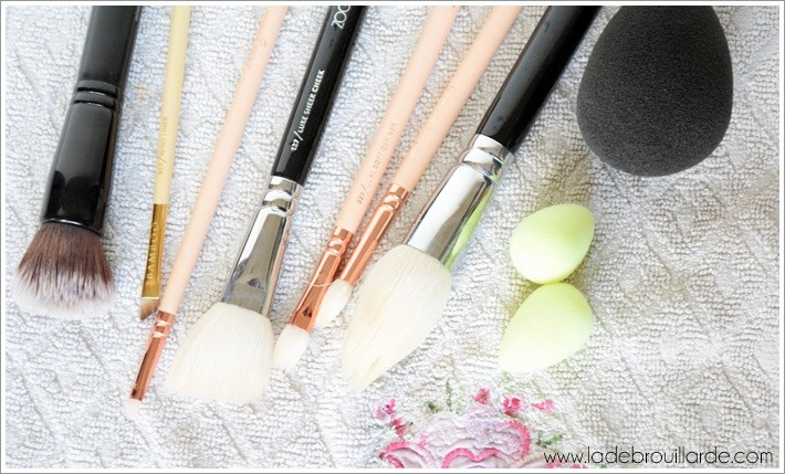 Pinceaux maquillage nettoyage