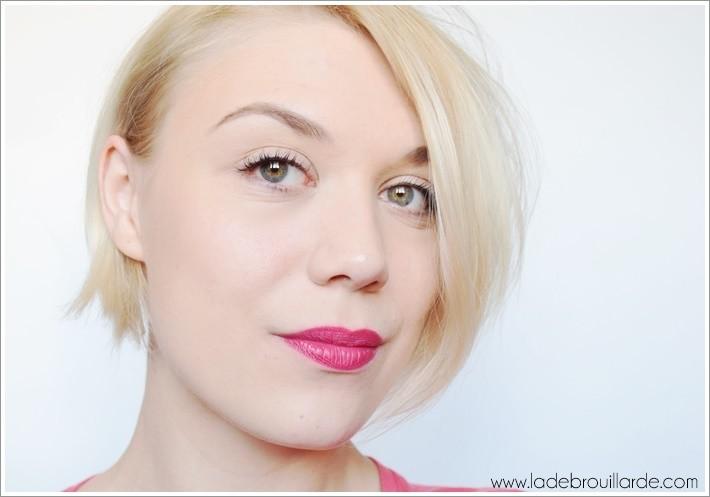 Astuce maquillage Cils plus volumineux plus long plus fournis