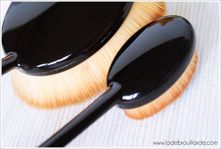 Brush Make up Artis dupe