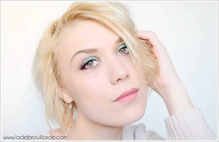 Maquillage bleu glacial vice