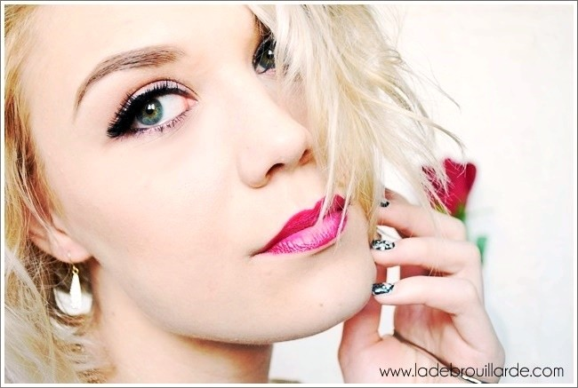 Maquillage lumineux glitter